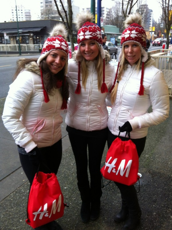 Dec._2011-_HM_Vancouver_3_