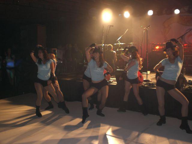 Motoamore-May-08-Dancing-Team-6-1