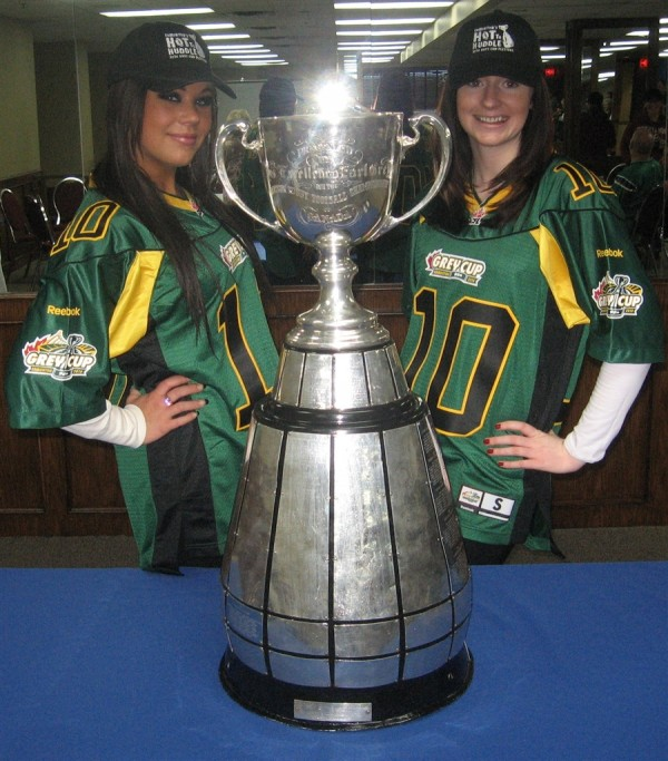 Nov._2010-_Edmonton-_OLG_Grey_Cup_3_