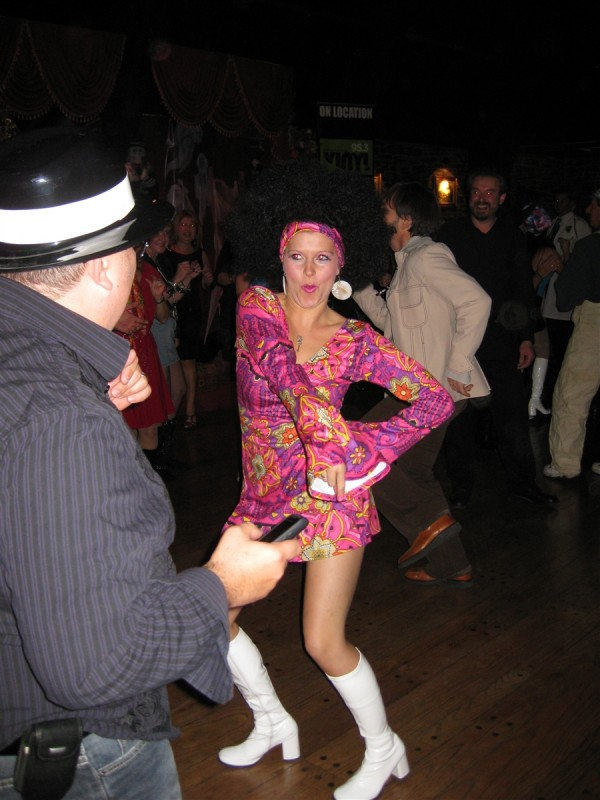 October_2010_-_Vinyl_95.3_Disco_Party_Dance_4_