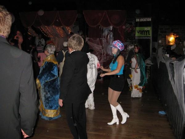 October_2010_-_Vinyl_95.3_Disco_Party_Dance_7_