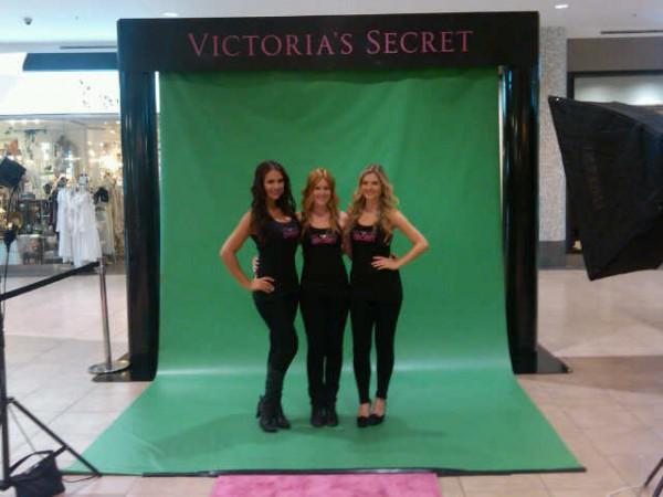 October_2011_-_VS_Store_Opening_-_Burlington