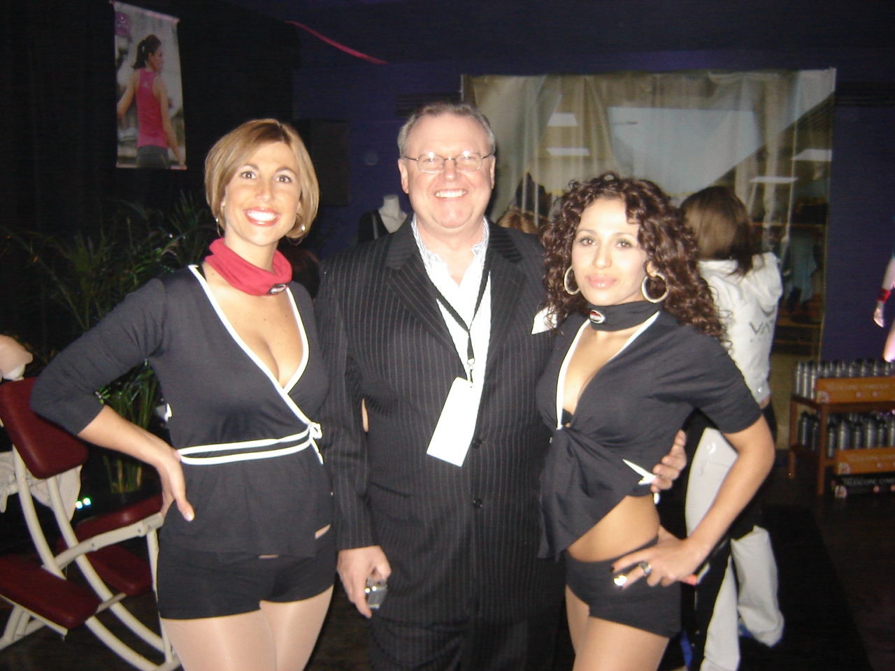 nov.08_-_montreal_-_maxim_grey_cup_party_018