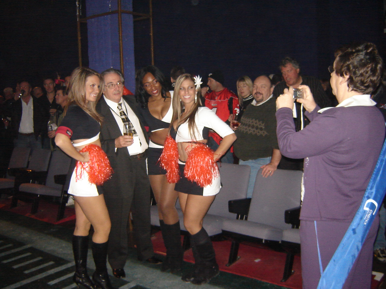 nov.08_-_montreal_-_maxim_grey_cup_party_035